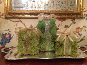 "Moss ""Presents"""